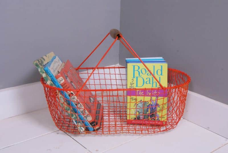 Use wire baskets to store books
