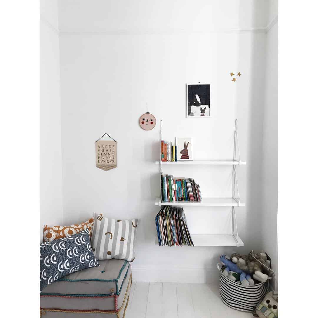 minimalism in a child's bedroom