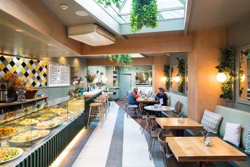 Alma Café interior