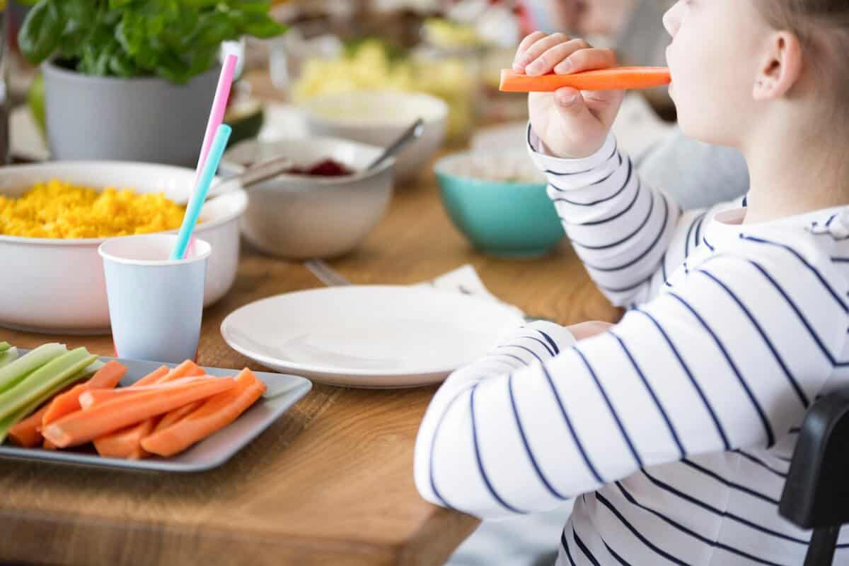 healthy snacks for kids include fresh fruit and vegetables